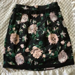 Club Monaco skirt size 8 With tags